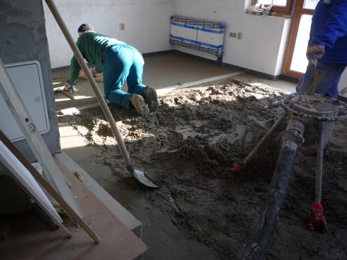 Podlahové topení beton